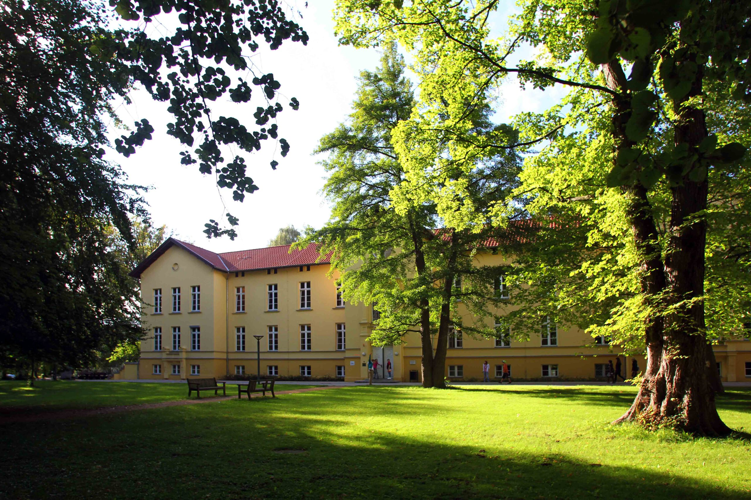 Clinic for psychiatry, neurology, psychosomatics and psychotherapy in childhood and adolescences  in Rostock